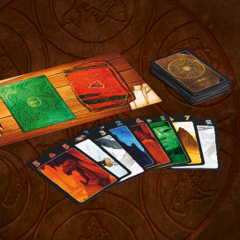 691821_LC_Card_Game_Contents.jpg