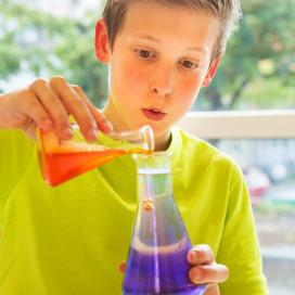 Chemistry_editorial_007.jpg